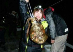 大きいアジもいっぱい釣れる岬のとっとパーク小島【11月6日、7日】